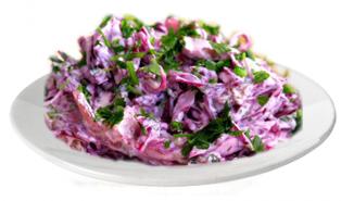 Салат из краснокачанной капусты с маринованными шампиньонами